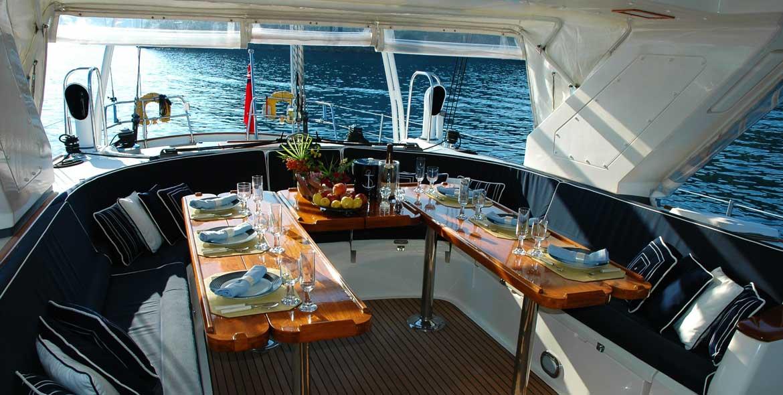 Boat and Breakfast Velamica